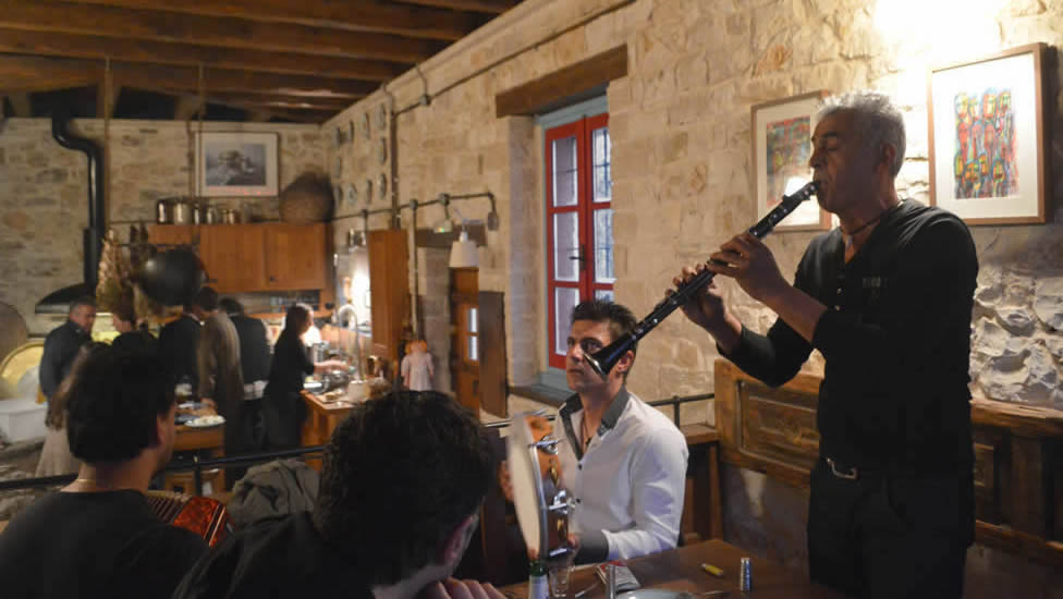 During the artisanal cheese making sessions musicians from the nearby village of Parakalamos arrived at the guesthouse and turned the seminar into a cheese-music happening the Greek way!!!